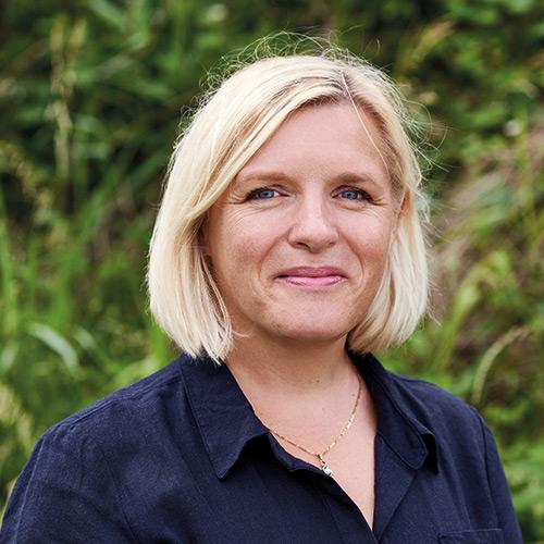 Linda Strating